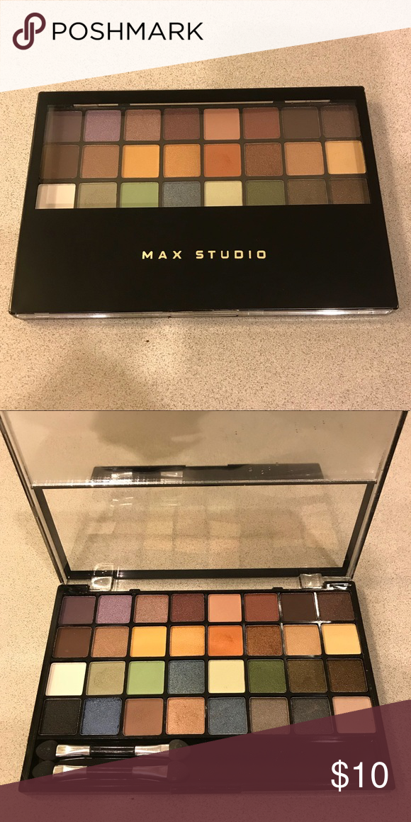 Studio Makeup EaseToWear Eyeshadow Palette in 2020
