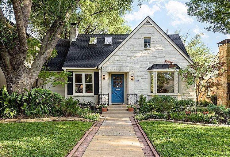 "143 харесвания, 1 коментара – M I C H A E L  W O N G  (@michaelwongdallas) в Instagram: ""Decidedly Devonshire! Charming stone #cottage sits at 5530 Stanford and is Open from 2-4pm…"""