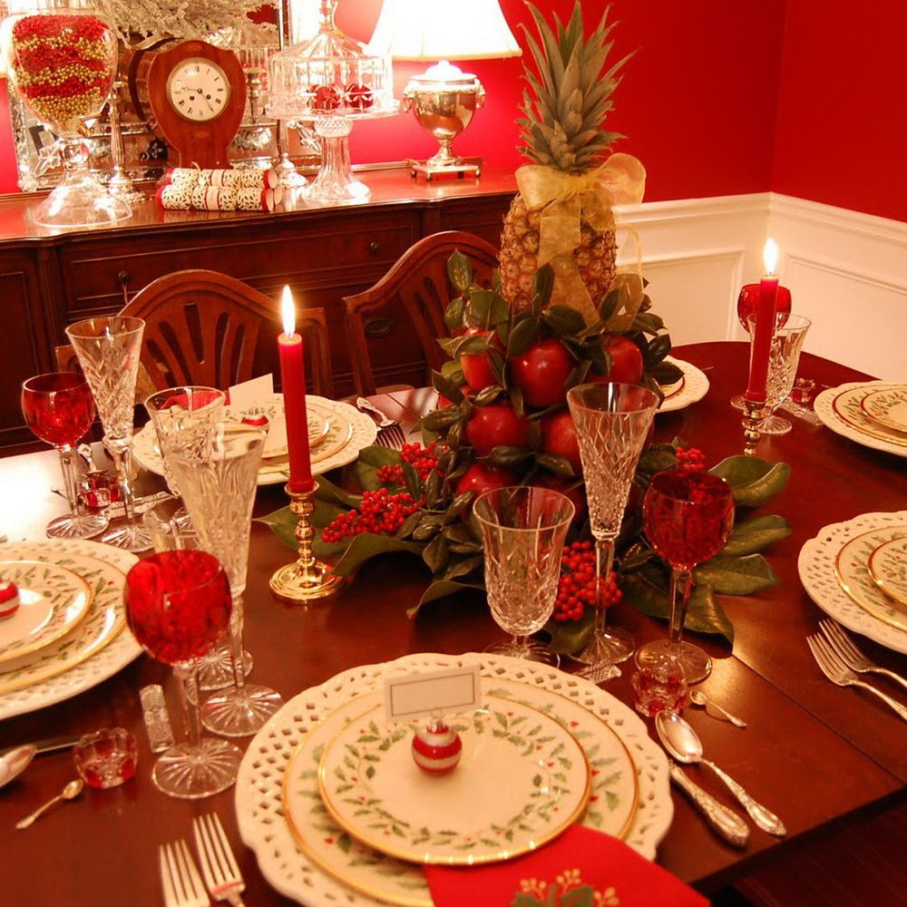 Christmas Table Setting with Apple Tree Centerpiece & 50 Stunning Christmas Table Settings | Tree centerpieces ...