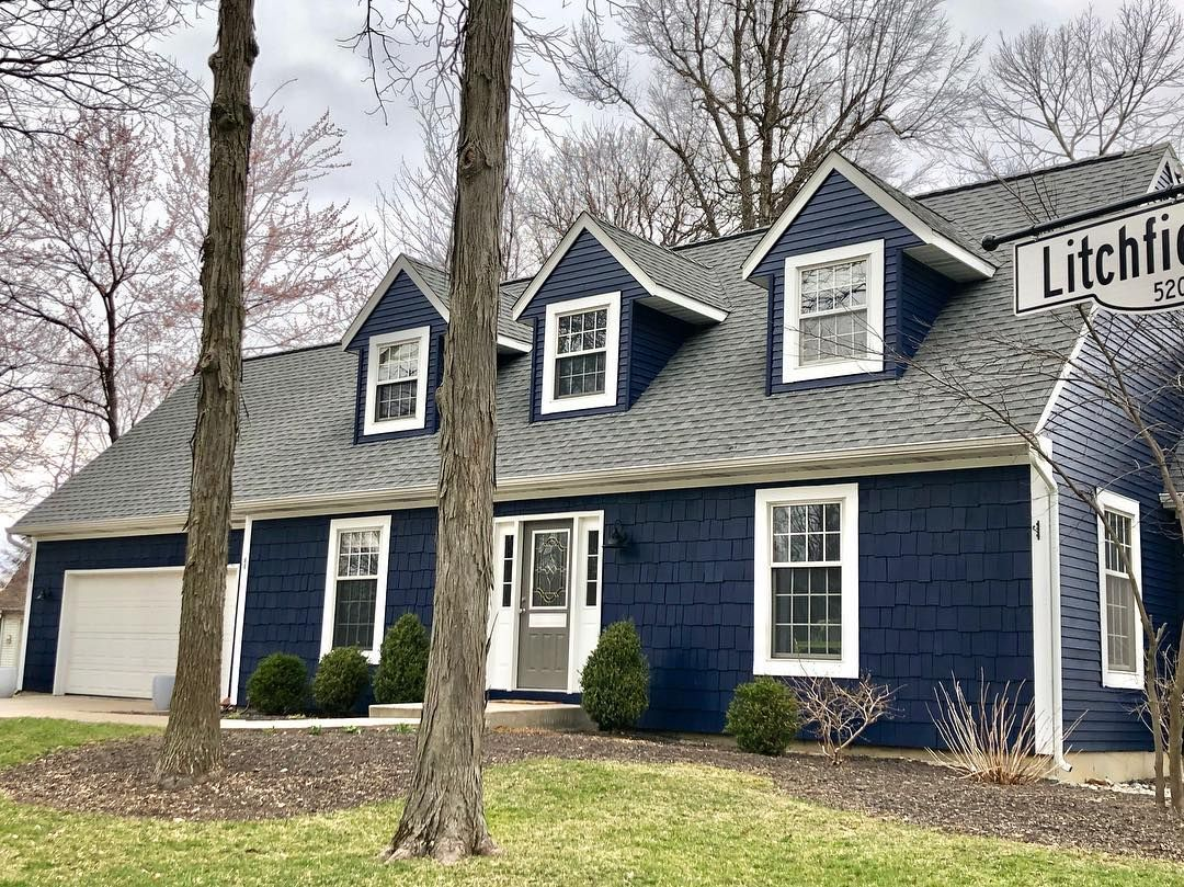 Sherwin Williams Naval Exterior Paint In 2020 Navy House Exterior Sherwin Williams Exterior House Colors Exterior Paint Colors For House,Painted Wood Kitchen Cabinet Colors