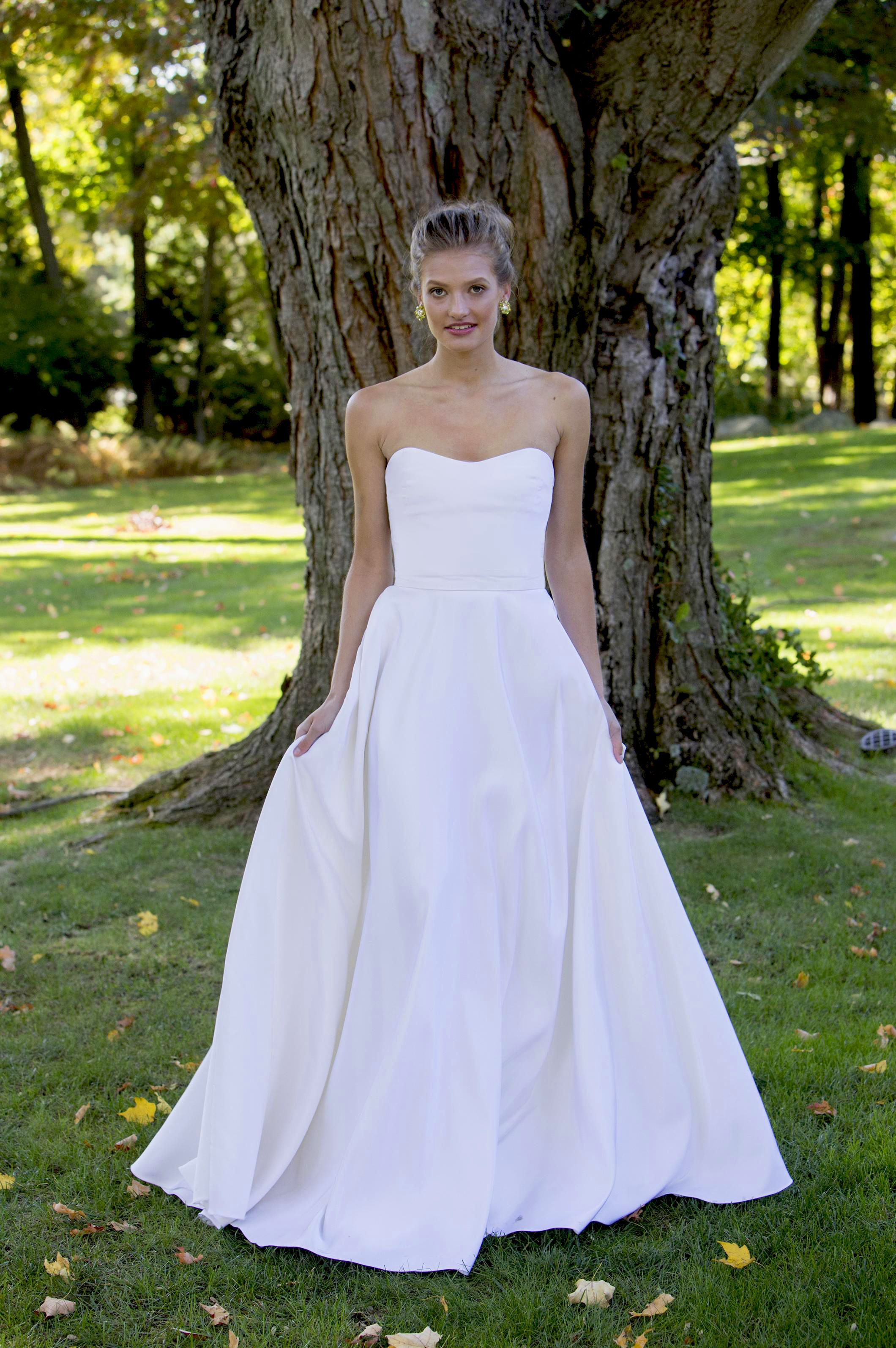 Sample Sale A Little Something White Bridal Gowns Strapless