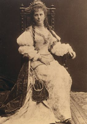 For The Bradley-Martin Ball  Harriet Alexander Wore A Magnificent Costume Made By Callot Soeurs, Paris