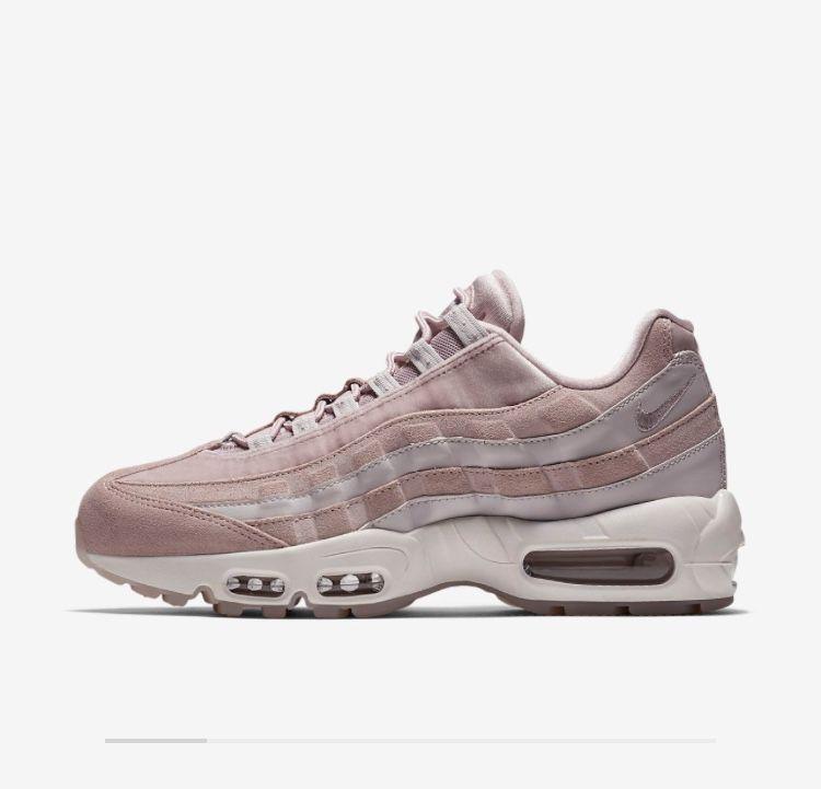 half off 41803 b5835 Come Indossare. Stili Alla Moda. Nike Air Max, Sneaker Con Tacchi, Sneakers,  Scarpe Nike, Nike Moda,