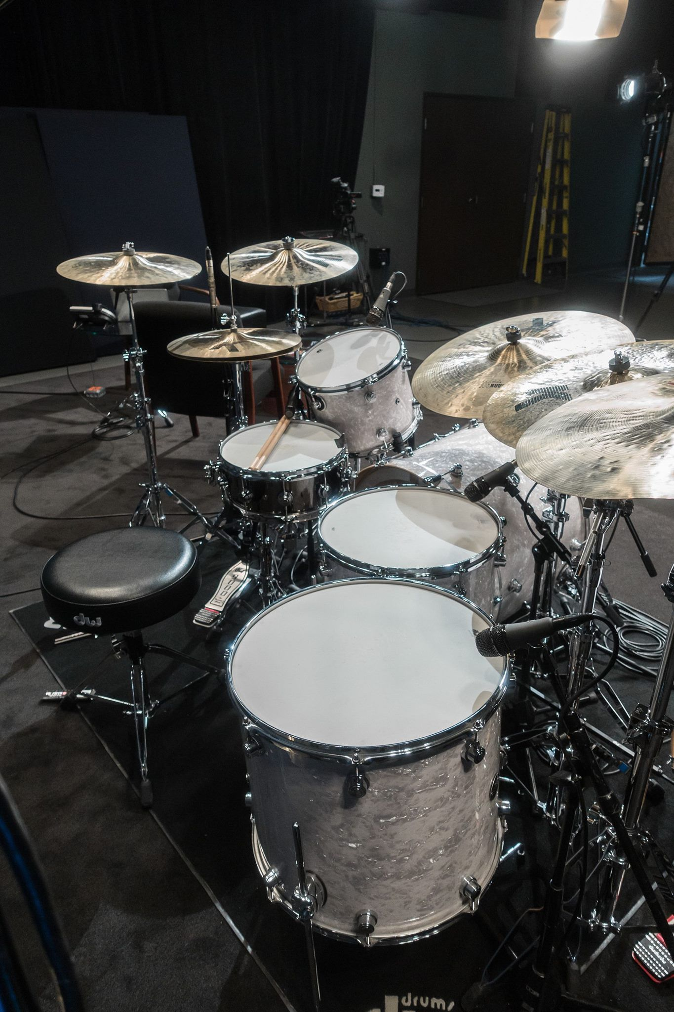 Nice Studio Kit In 2019 Drums Wallpaper Zildjian Cymbals