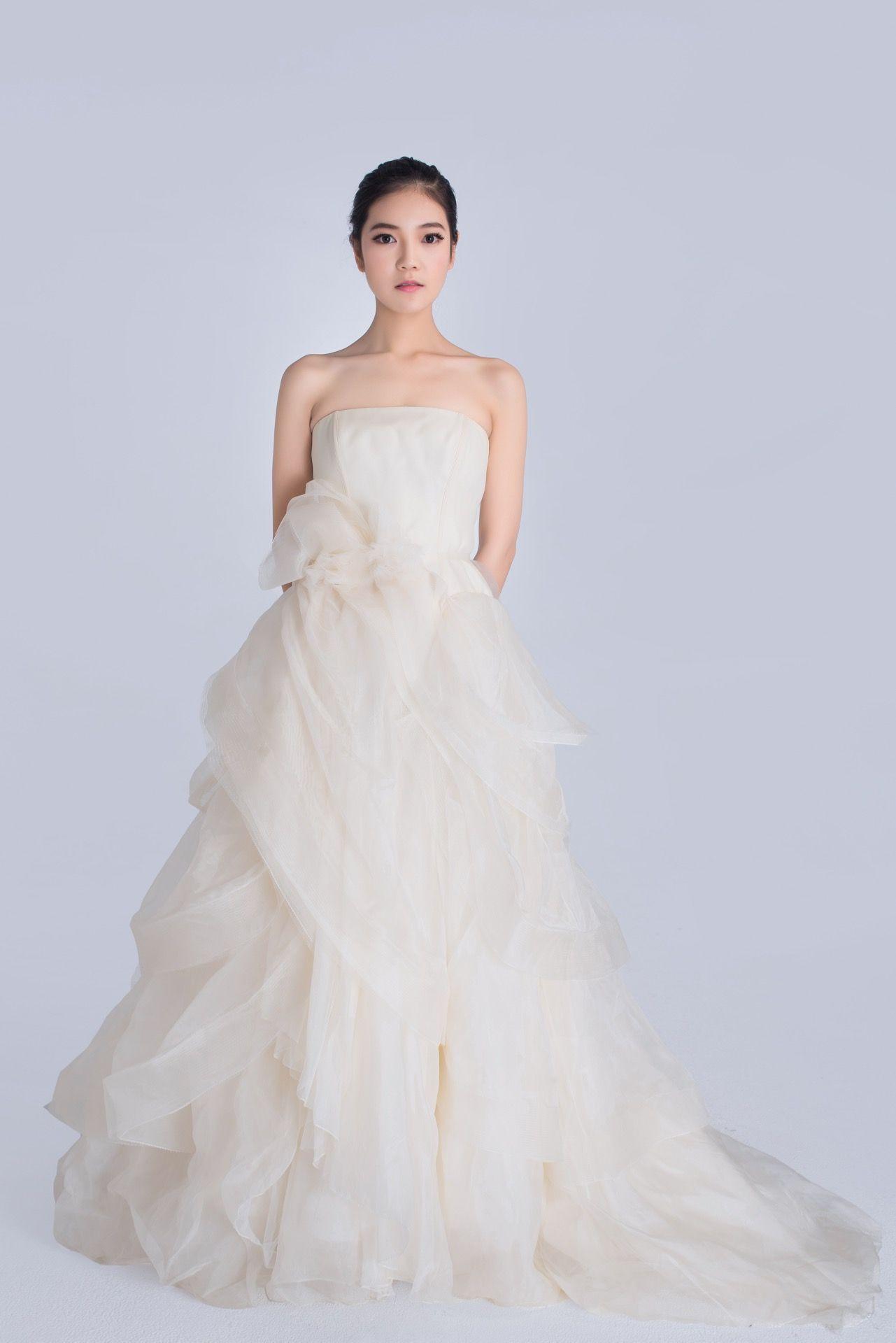 Vera Wang Erin silk organza wedding dress   Hochzeitskleider   Pinterest