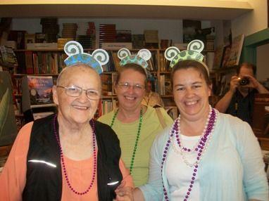 Drei Alte Freundinnen Machen Party Zusammen Alte Freunde Alte