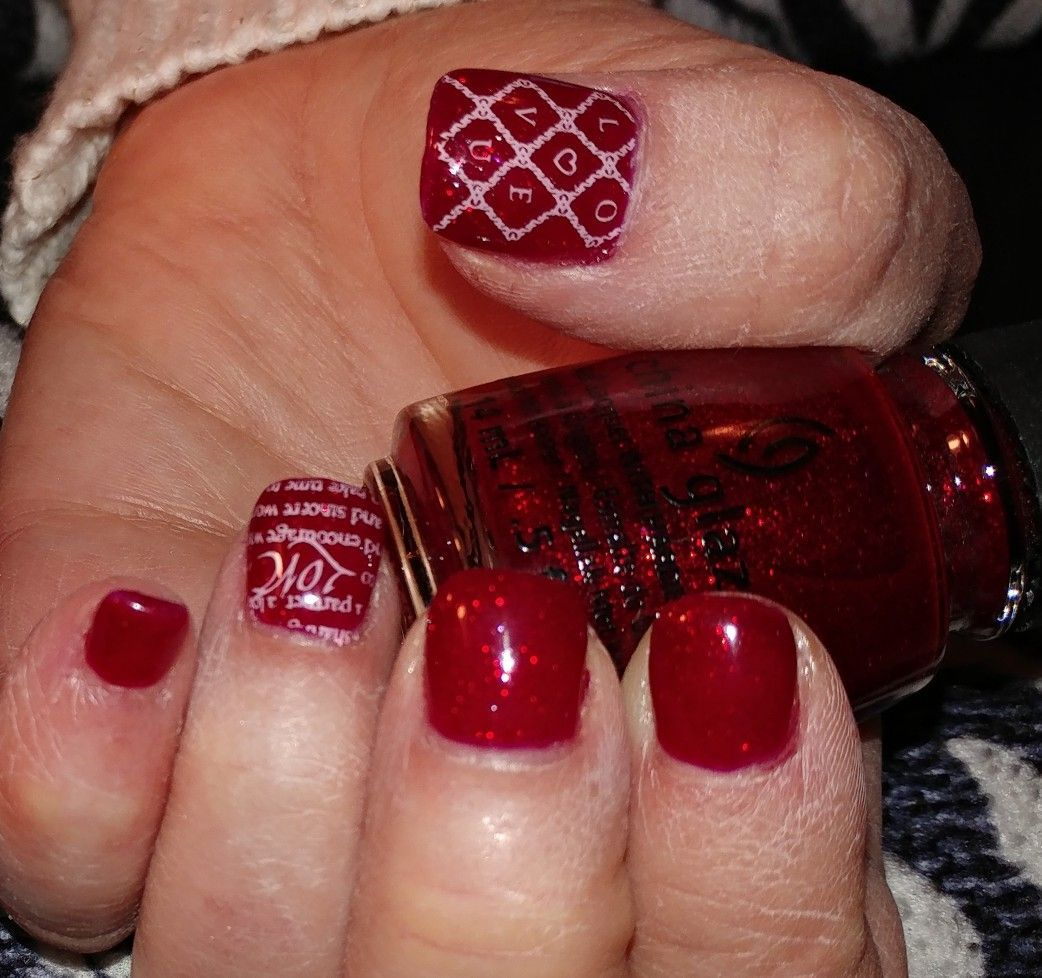 Valentine   day nail design acrylic nails with stamped art on ring fingers and thumbs also rh nz pinterest