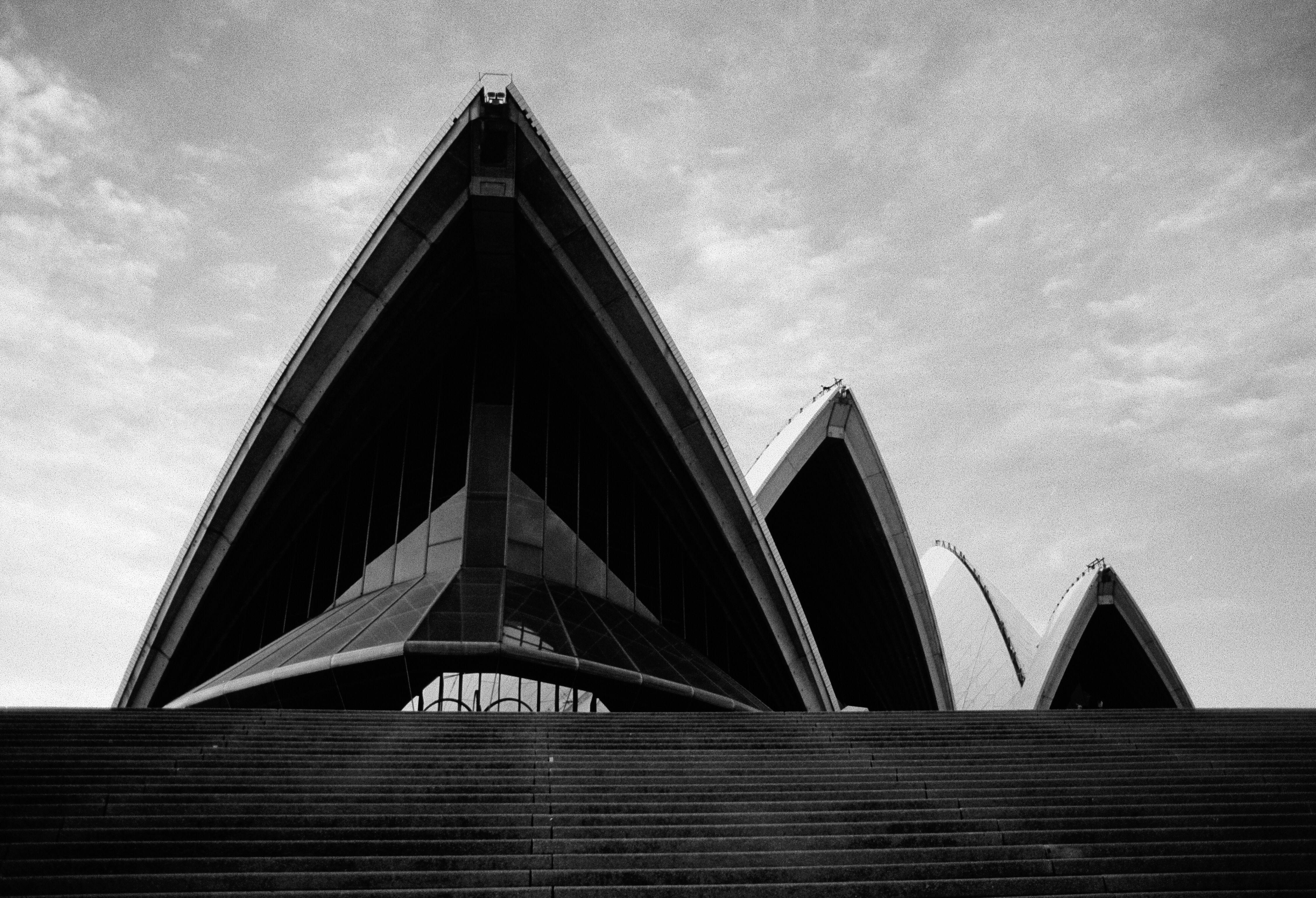 Opera I Love The Sydney Opera House As A Multi Venue Performing Arts Centre Architecture Building Art Center Opera Opera House Sydney Opera House Opera