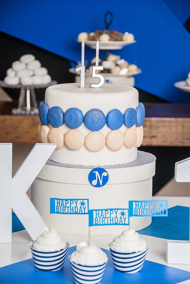 15th birthday cake boy bar mitzvah boy wwwbloomingtablecom Boy