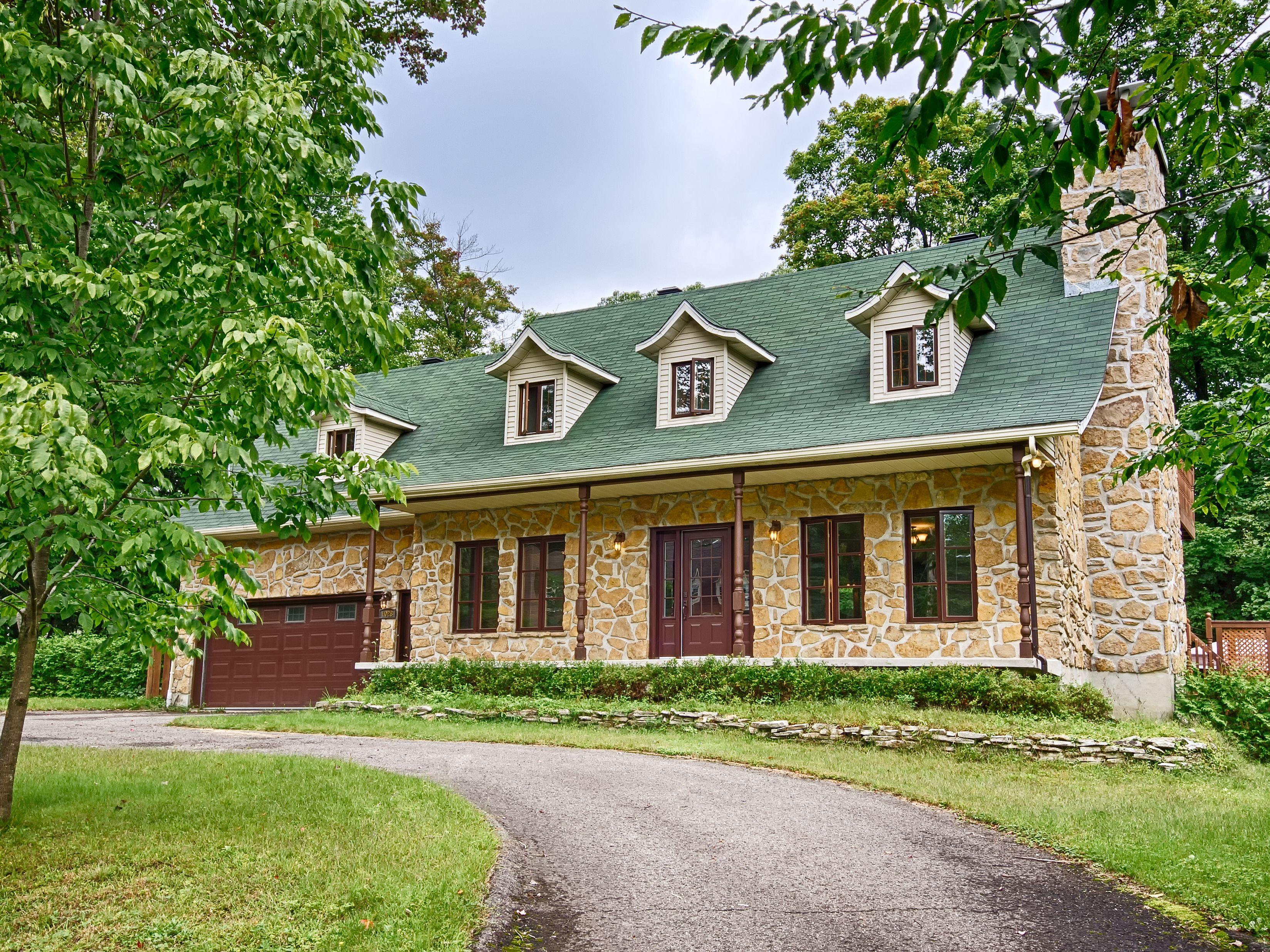 Maison canadienne en pierre des champs st j r me qu bec notre futur pinterest canadien - Maisons canadiennes ...