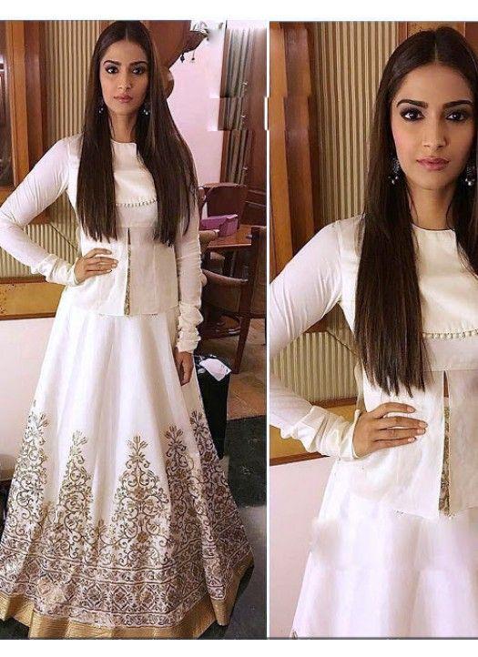 d6fea2f590 Sonam Kapoor White Designer Lehenga Choli | Sonam Kapoor❤❤ in 2019 ...