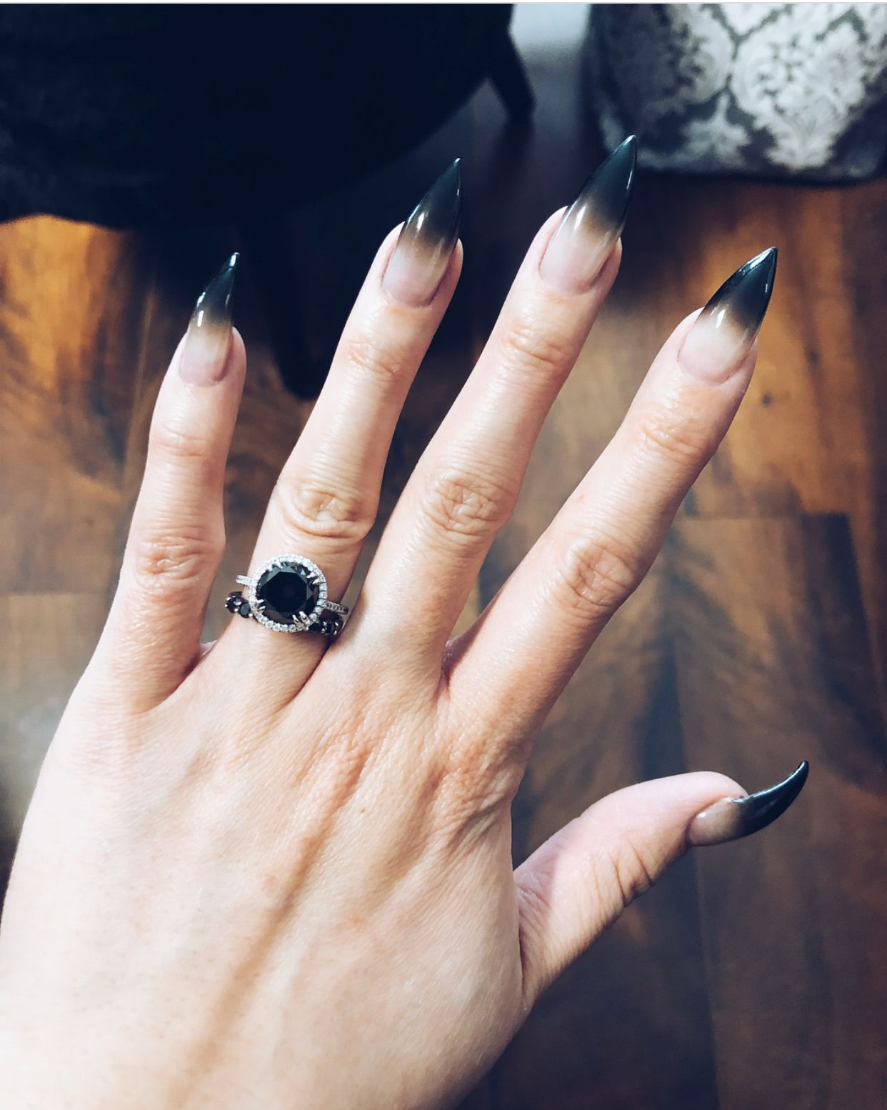 Nail Art With Images Black Ombre Nails Claw Nails Designs