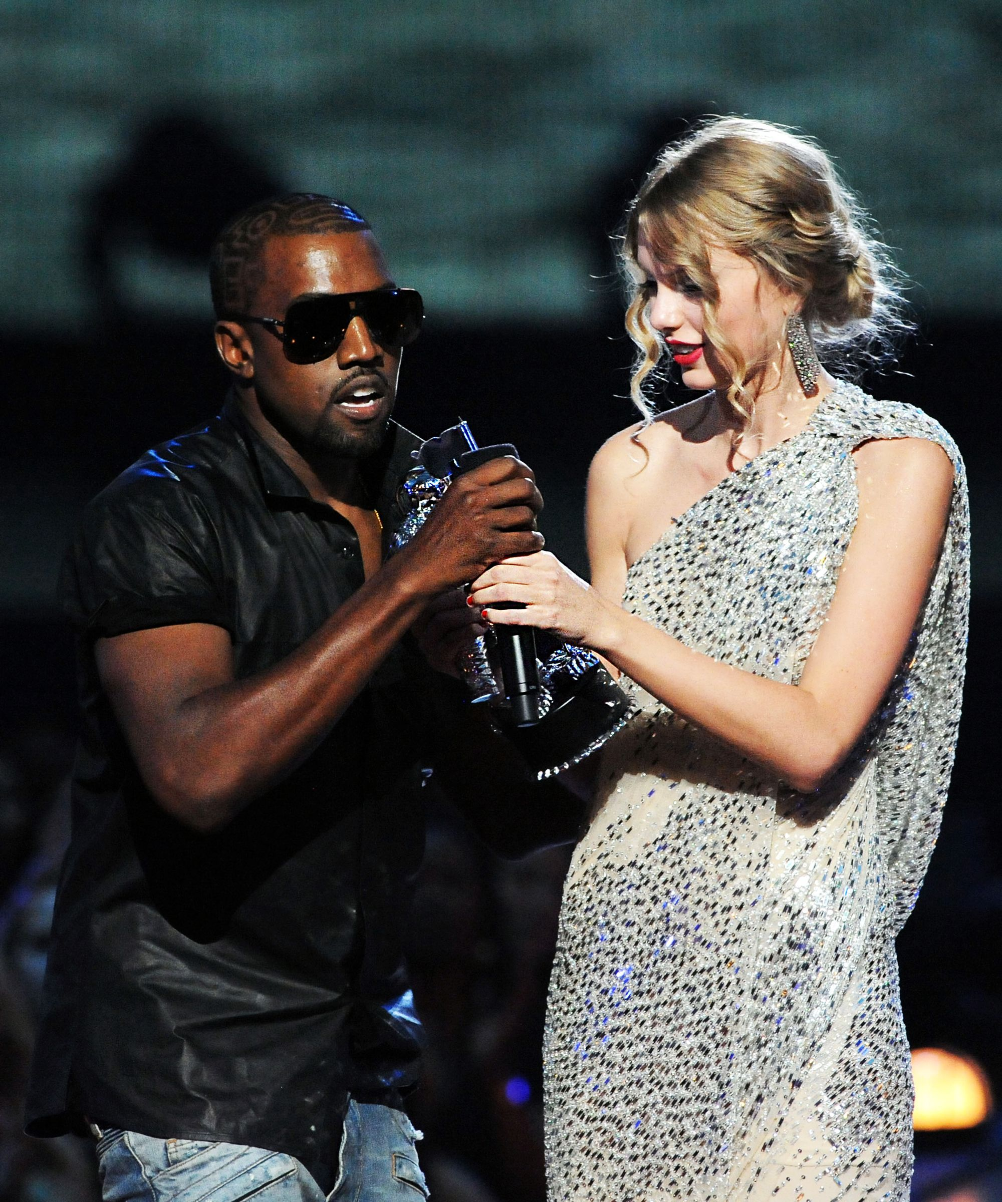Kanye West S Super Meta Rant About Taylor Swift Fame Taylor Swift New Song Kanye West Mtv Videos