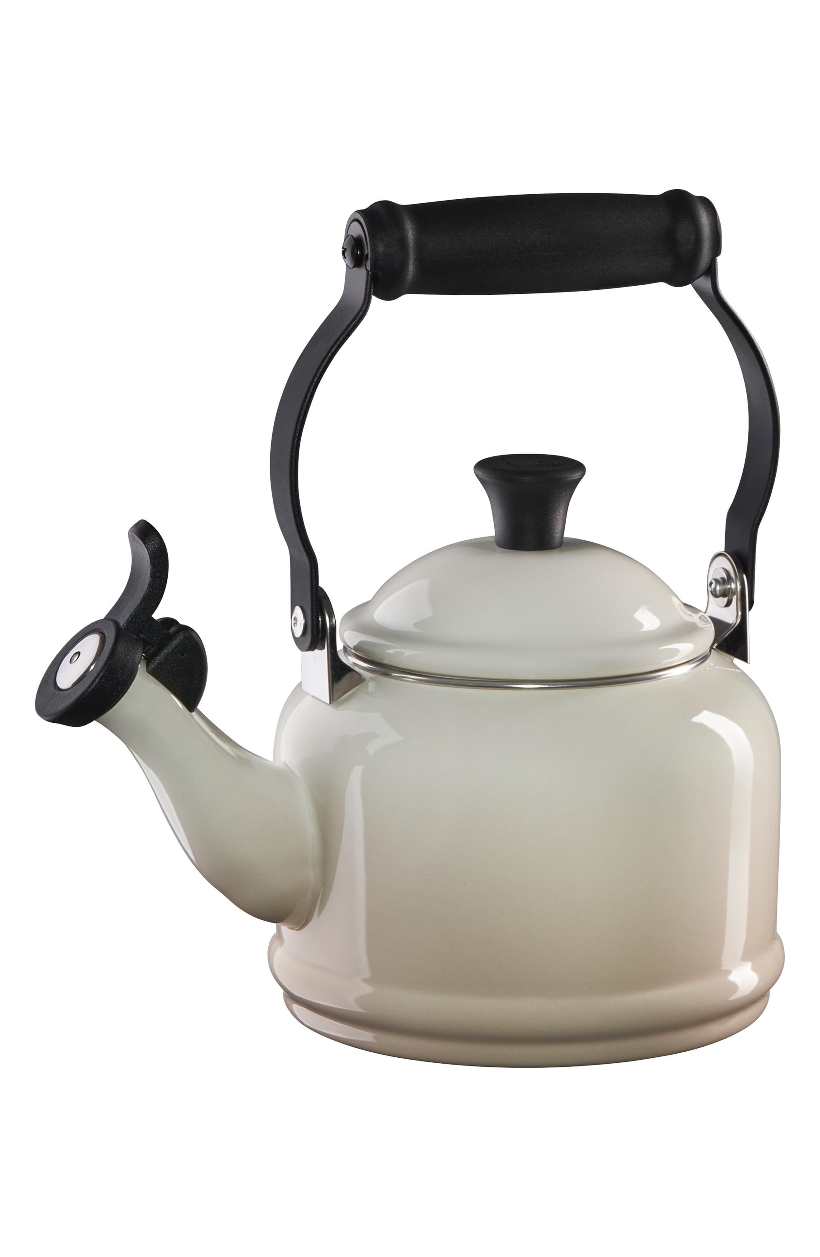 Le Creuset Demi Tea Kettle, Size One Size White Kettle