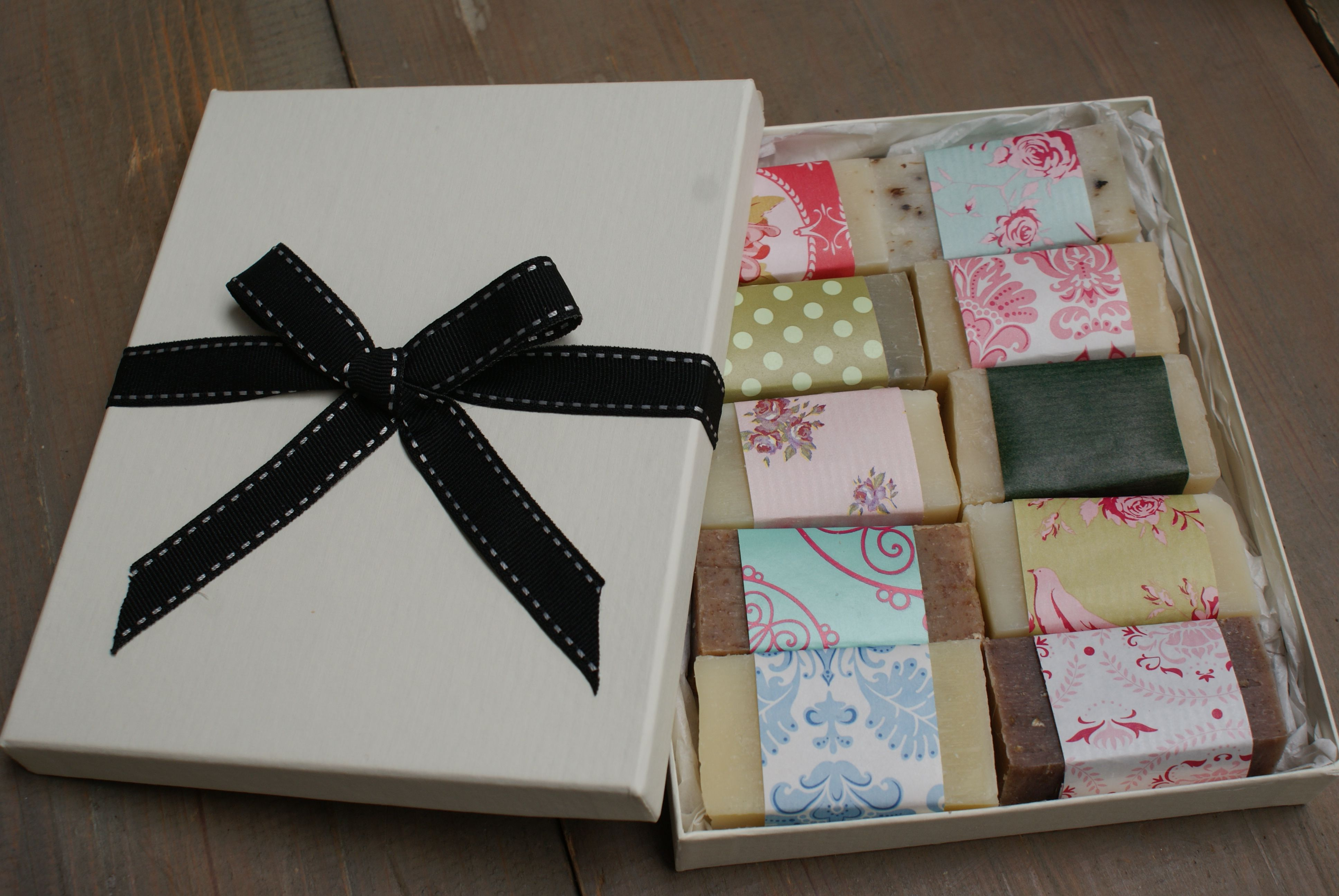 10 Guest soap gift box