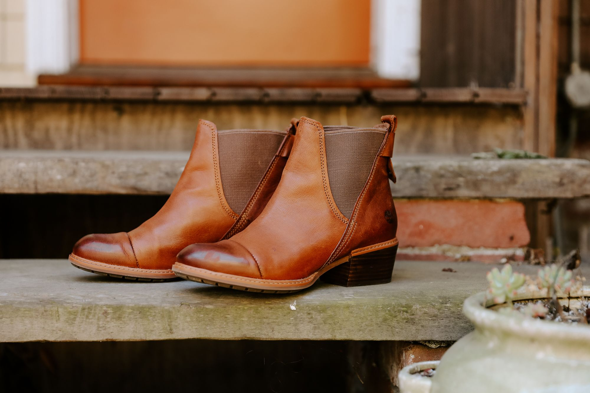 chasingkendall 's favorite new fall boots! Women's Sutherlin