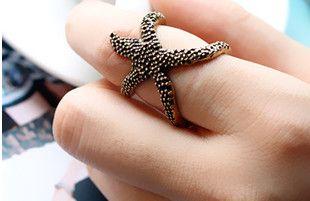 Retro cute starfish ring