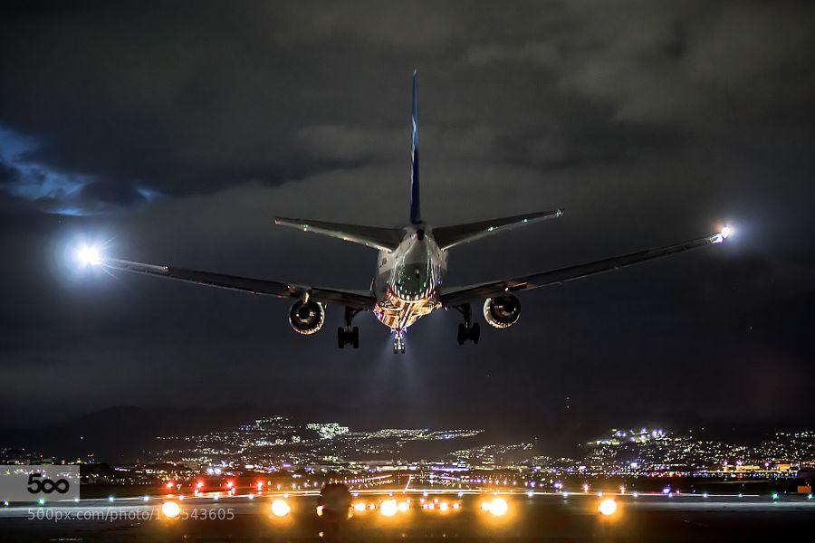 Night Flight Airplanes At Night Aircraft Night Aviation