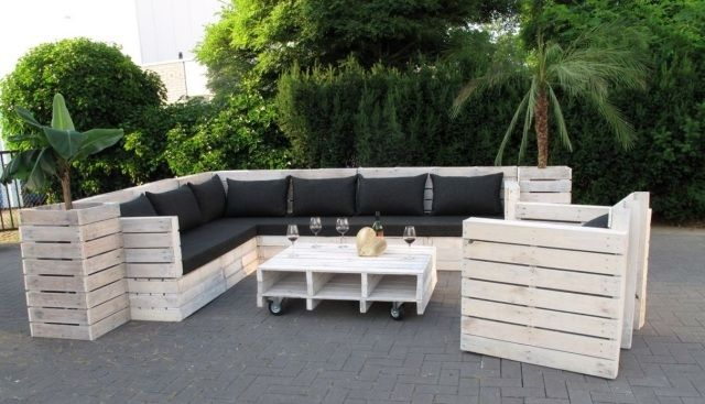 Paletten sofa garten zuhause image idee for Paletten couch garten