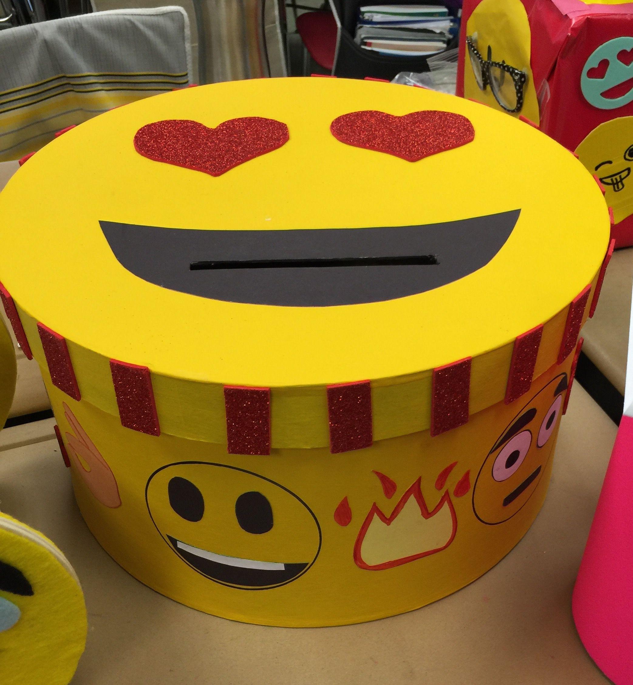 29 adorable diy valentine box ideas emoji pinata emoji and box