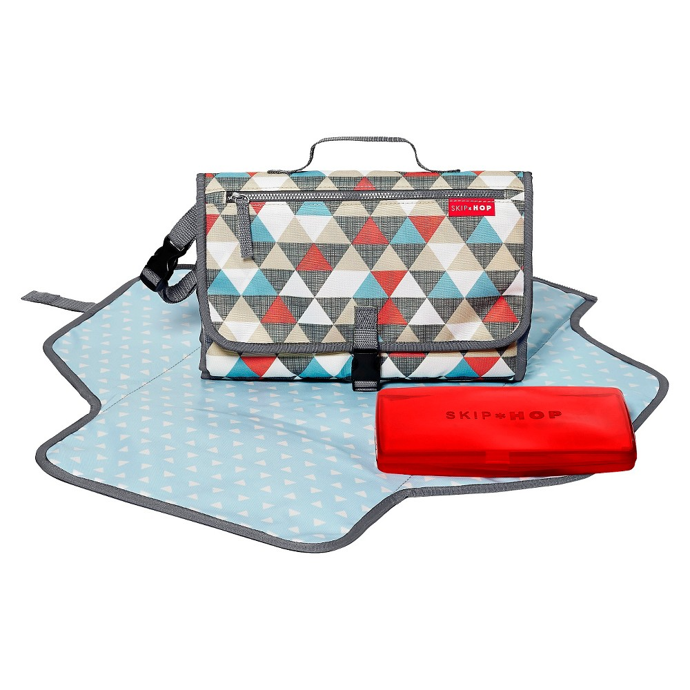 3 Pockets Skip Hop Baby Pronto Portable Changing Station with Cushioned Changing Mat and Wipes Case Black Onyx Tile