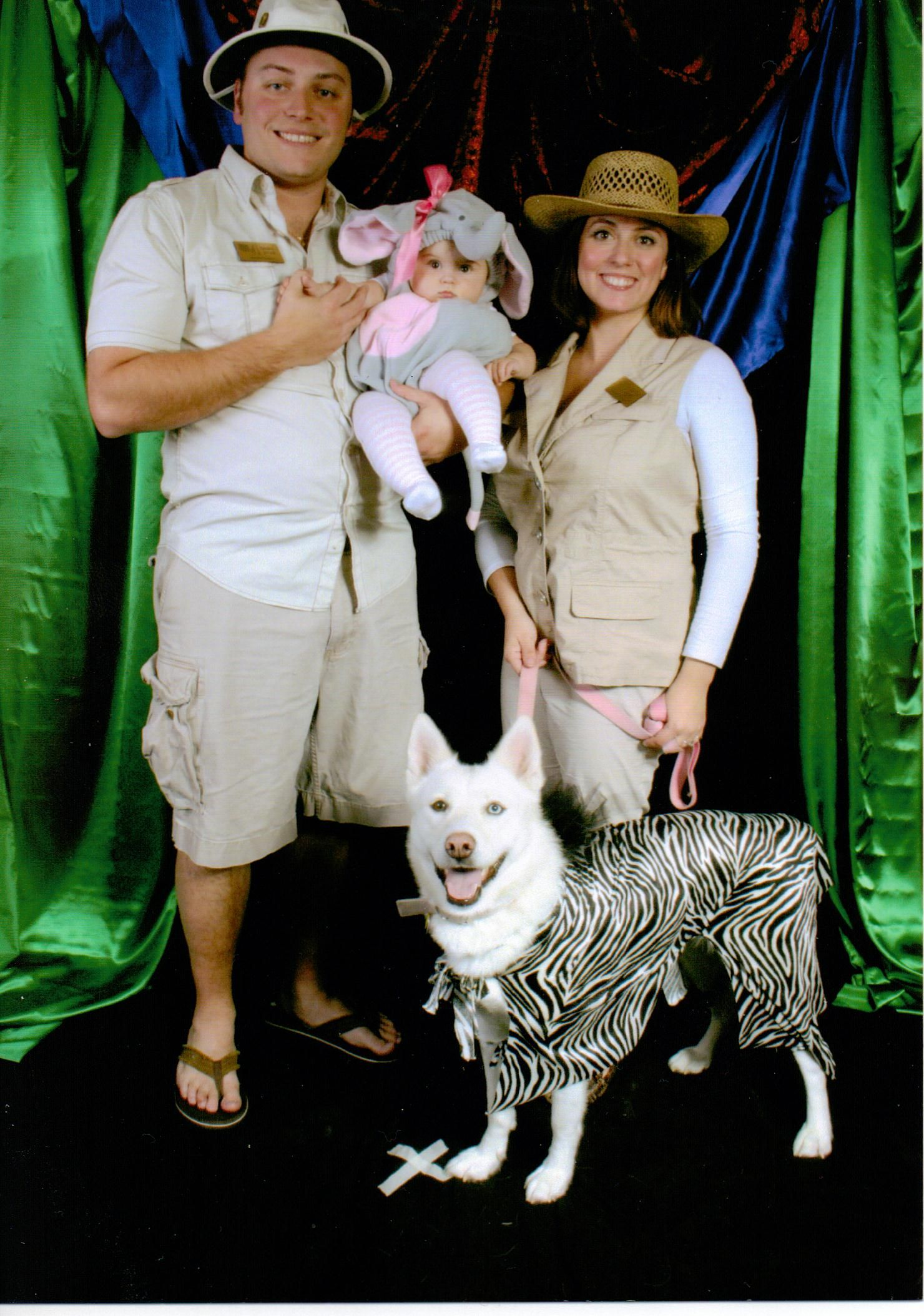 Family Halloween Costume With Dog Zoo Keepers Or Safari Themed