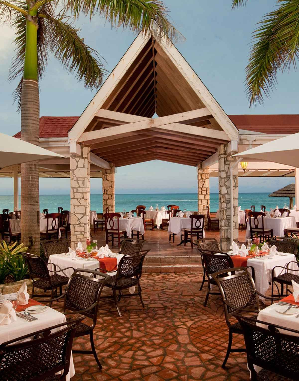 Best AllInclusive Caribbean Resorts for Couples Best