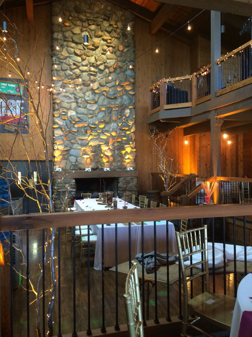 Rustic Lodge Wedding Venue At Mapleside Farms In Brunswick Oh Lighting By Clear Gold Audio