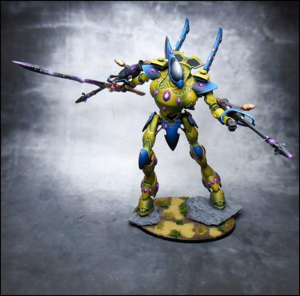 Craftworld Iyanden Wraithknight. Wargear: Dual Forarm