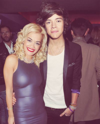 I don't think I can handle two of my favorite celebs in one picture! Rita Ora and Harry Styles. :)