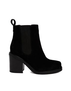 ASOS ESCAPE PLAN Leather Chelsea Ankle Boots