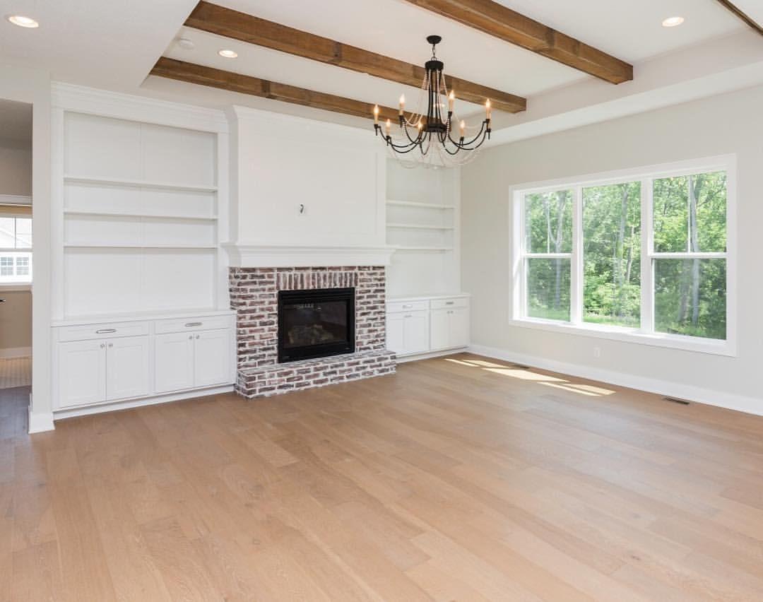10ft Ceilings 100 Year Old Oak Beams European White Oak Floors