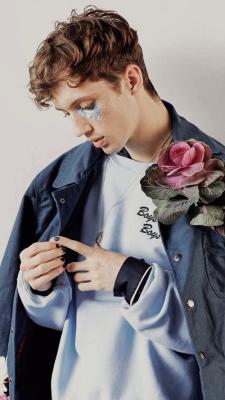 Troye Sivan Iphone Wallpapers Tumblr Troye Sivan Celebrities Singer
