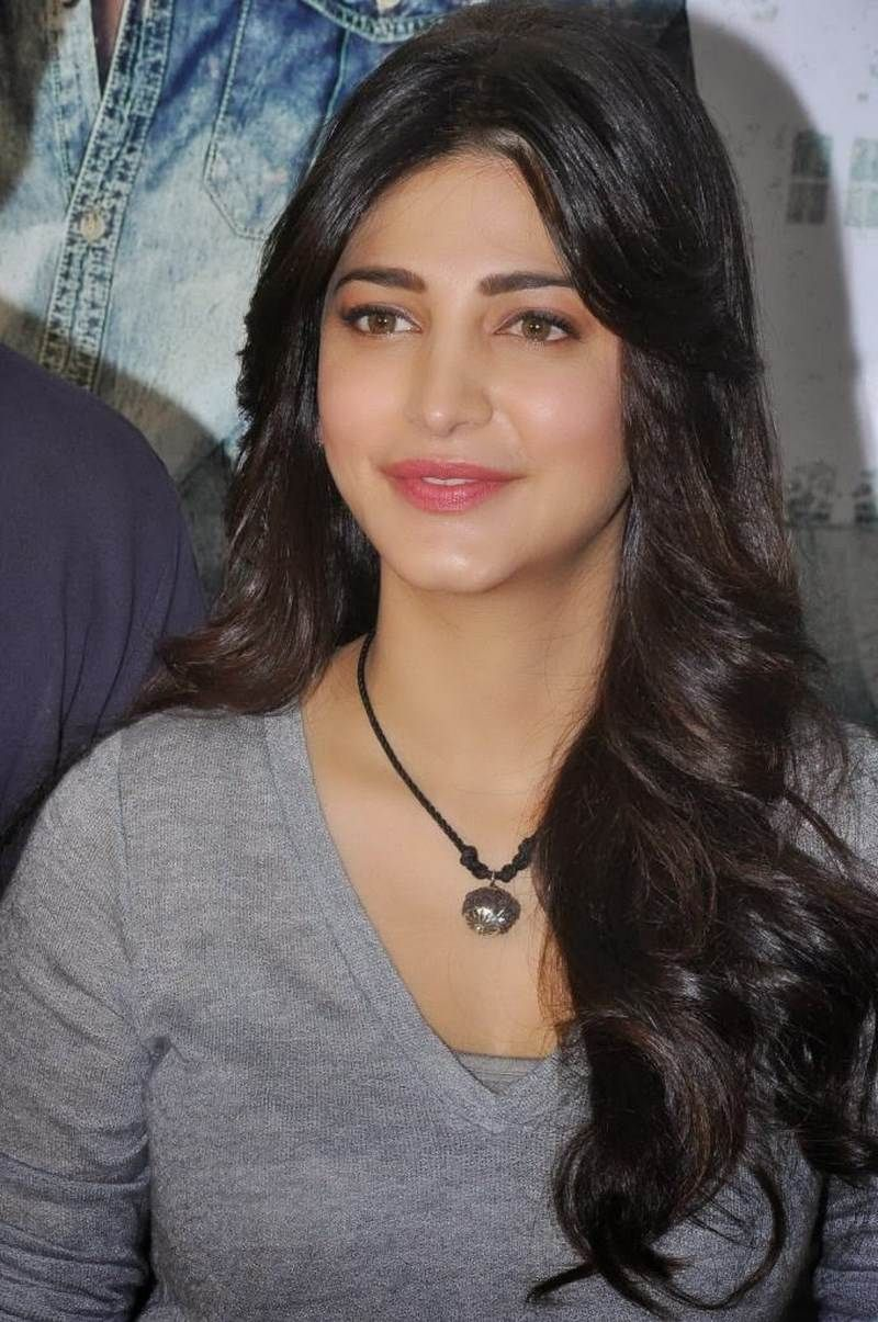 Really Curvy Shoots Of Shruti Hassan Cutee In 2019 T-6887