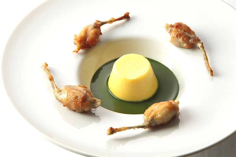 Le Mange-Tout - 2 Michelin star French Restaurant in Shinjuku