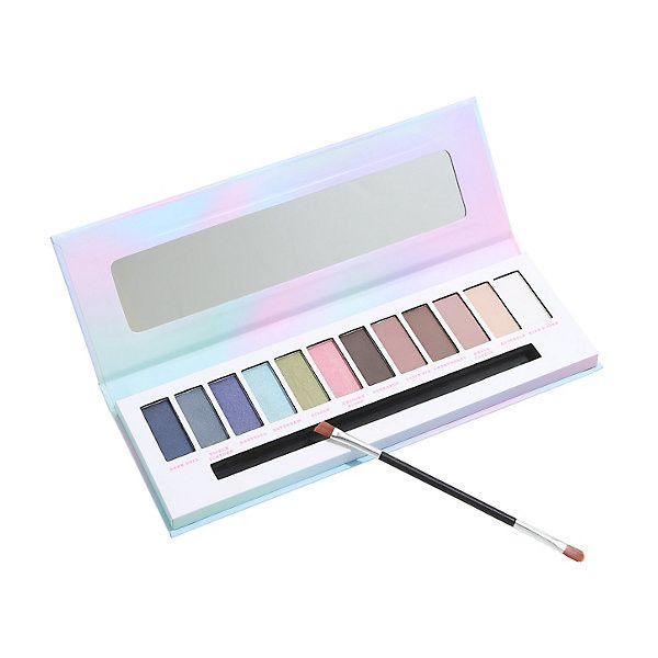 Blackheart Beauty Pastel Dreams Eyeshadow Palette Hot Topic ($6.23) ❤ liked on Polyvore featuring beauty products, makeup, eye makeup, eyeshadow and palette eyeshadow