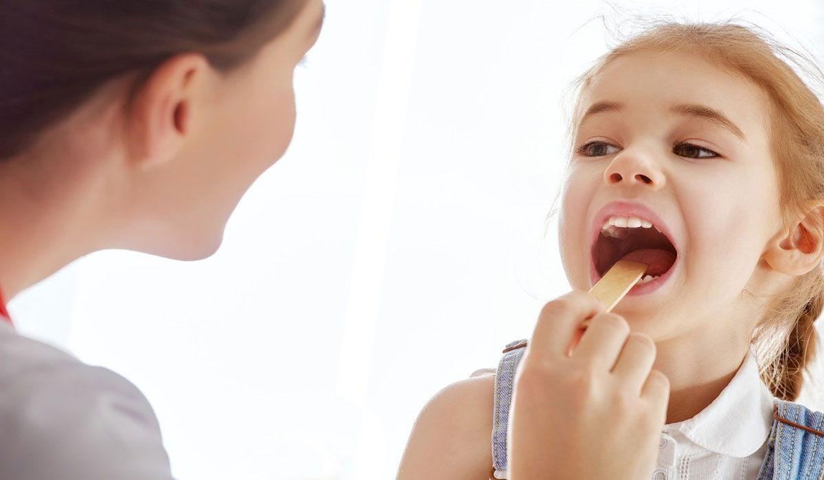 علاج التهاب الحلق عند الاطفال يعد الأطفال الفئة الأكثر استهدافا في التهاب الحلق وخاصة في فصل معينه ايضا مثل فصل الشتاء وت Sore Throat Soreness Home Remedies