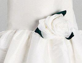 adorno vestido blanco niña