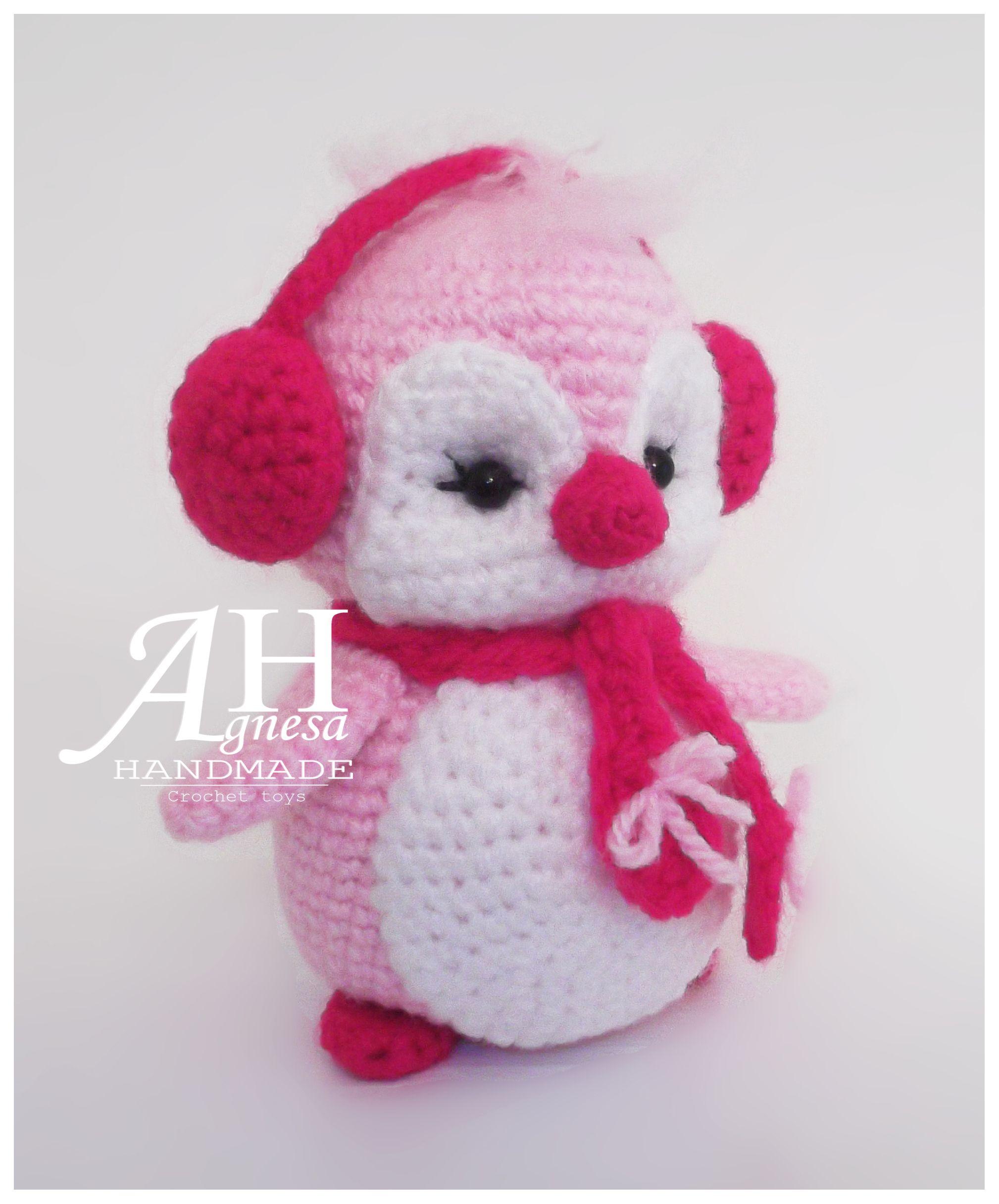 Amigurumi crochet penguin. (Inspiration).