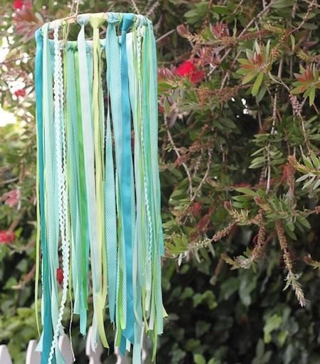 Kids craft windchimes image via http www for Homemade wind chimes for kids