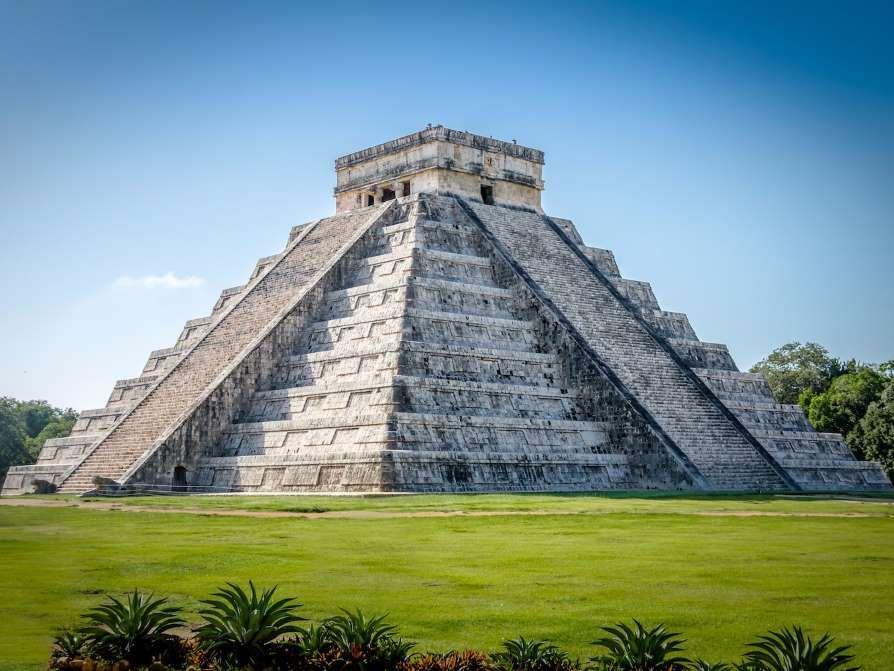 Kukulcan Pyramid In Chichen Itza Gran Pirámide De Guiza Viajes En Mexico Destinos Viajes
