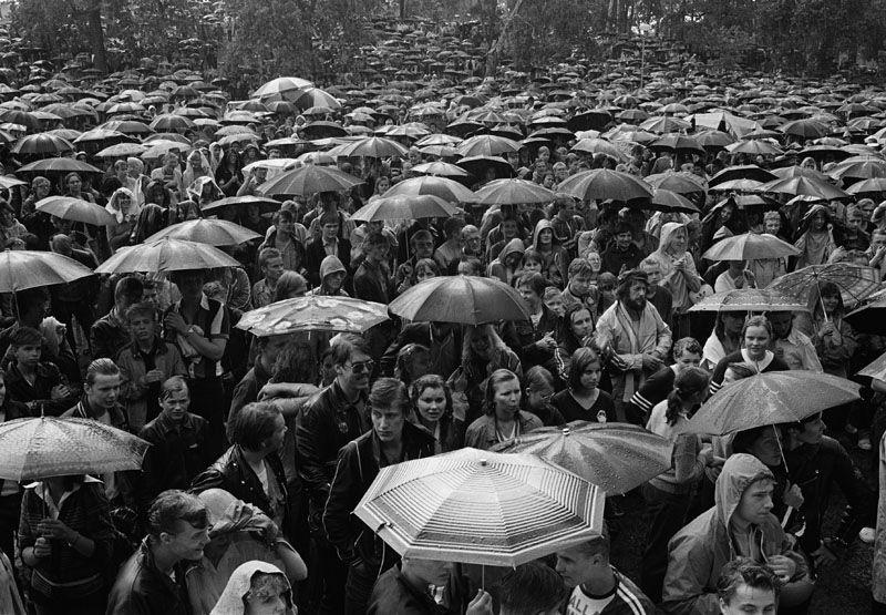 Konserttiyleisöä Kaivopuistossa vuonna 1978. Kuva: Helsingin kaupunginmuseo/Reijo Pasanen