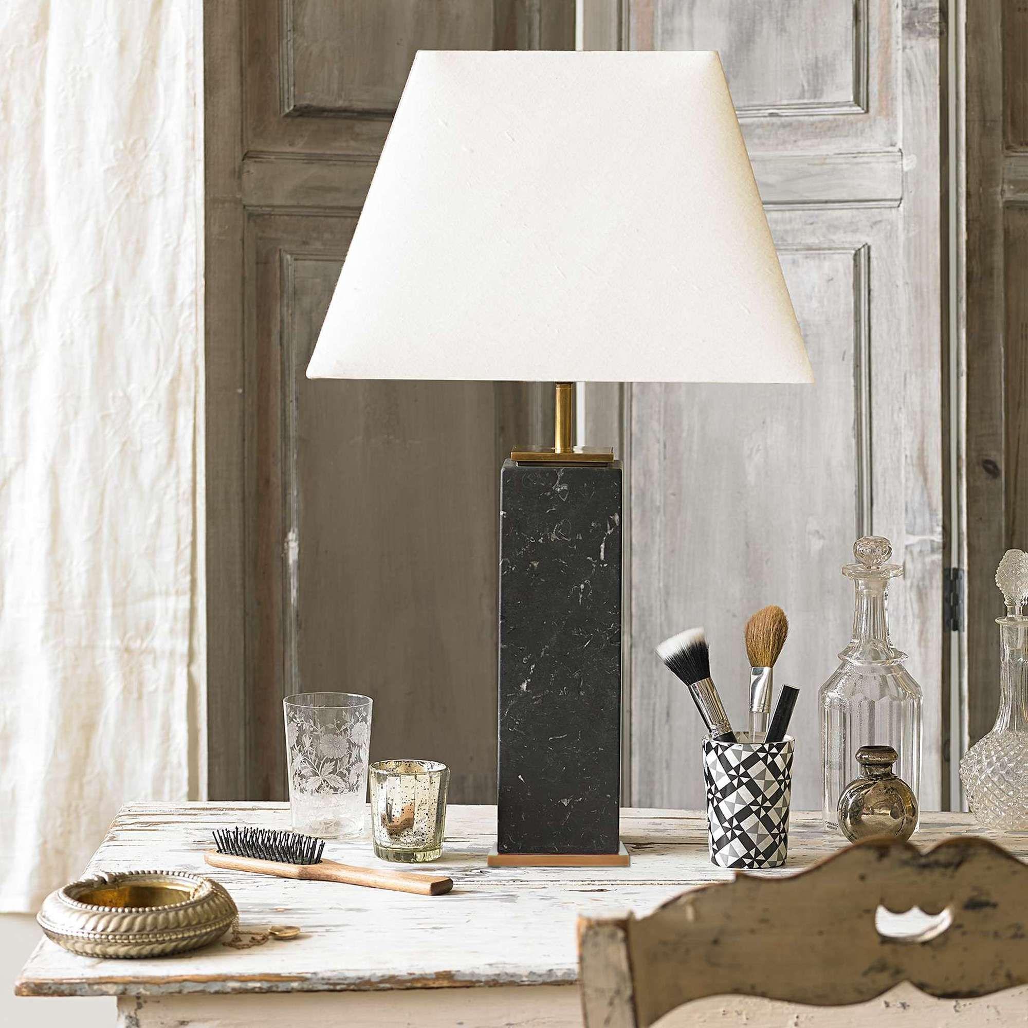 Samson table lamp in black marble