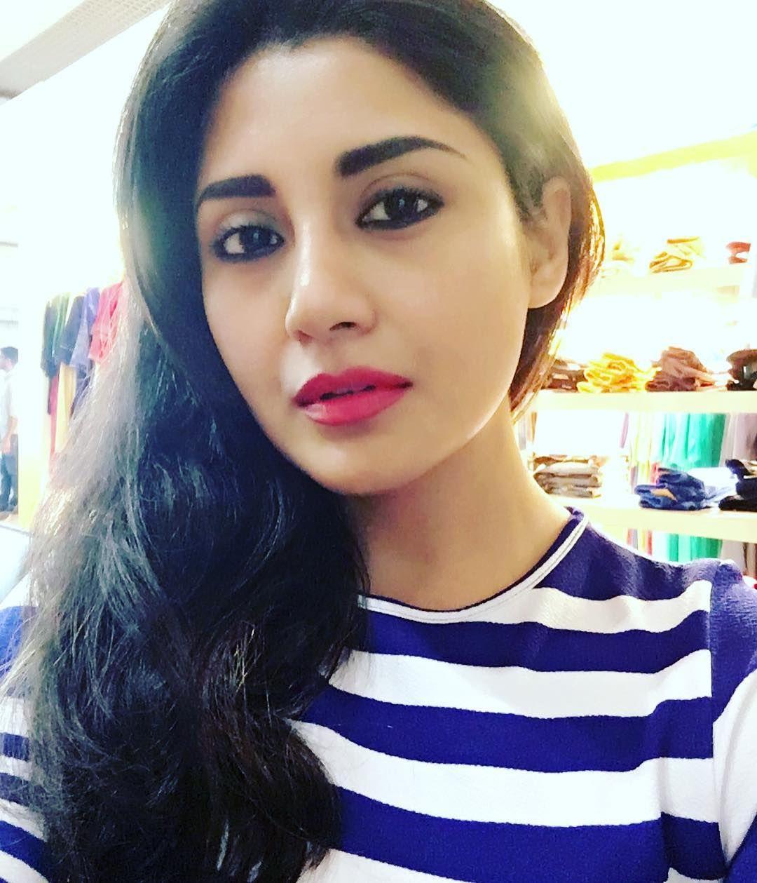 Rimi Sen (With images) Desi beauty, India beauty, Beauty