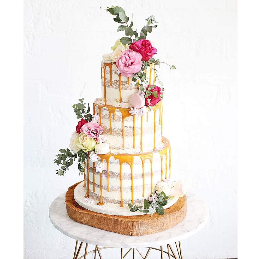 23 Dreamy Drip Wedding Cakes That Are Totally on Trend