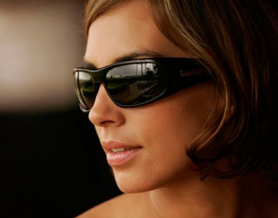 Kaenon Lewi Sunglasses - Great fit for both men and women. Also a perfect choice for golfing!