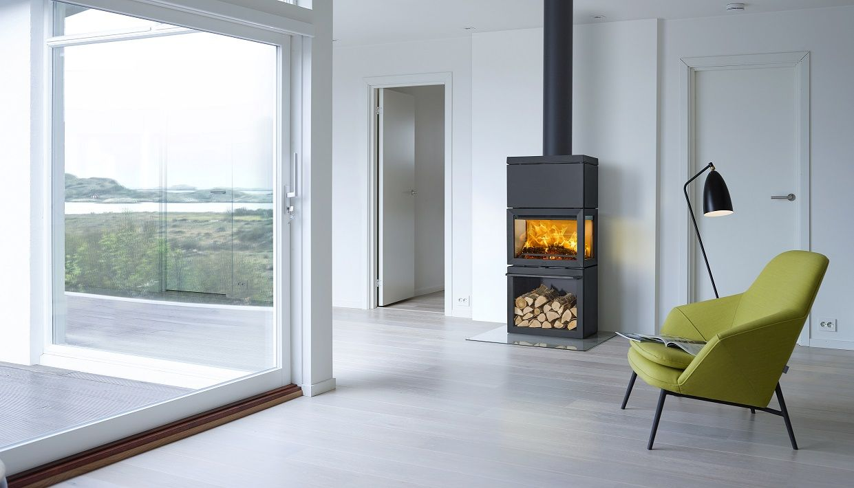 The Jotul F520 Offers An Expanse Of Glass So That The Flames Can