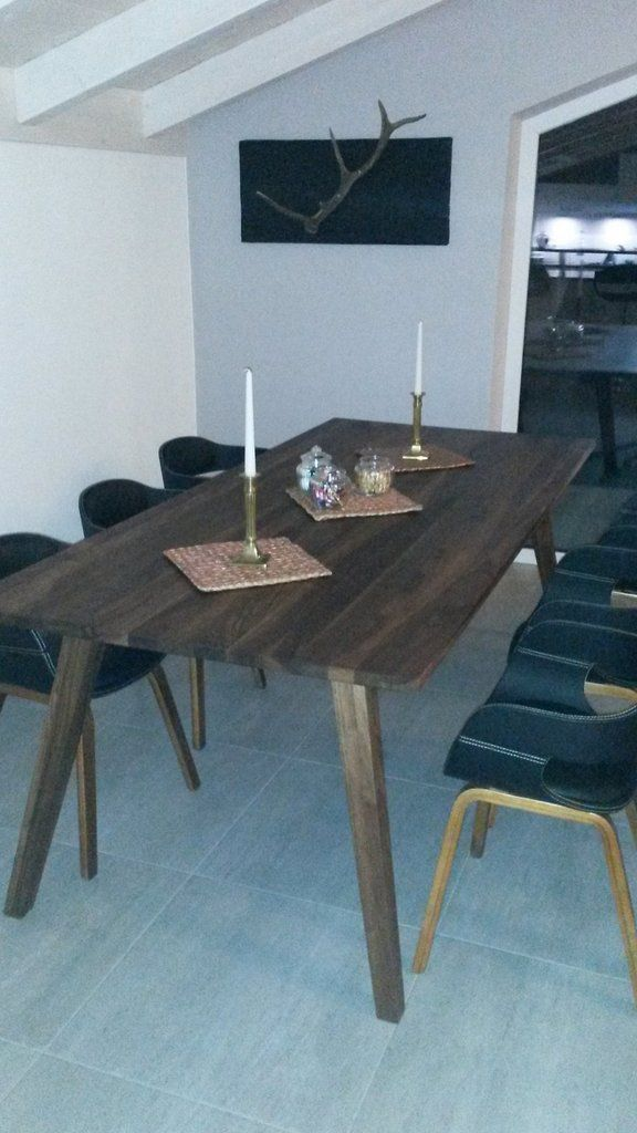 Tisch Neo, Amerikanischer Nussbaum