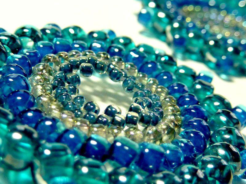 Ohrringe Minze von Snapdragon Beads auf DaWanda.com