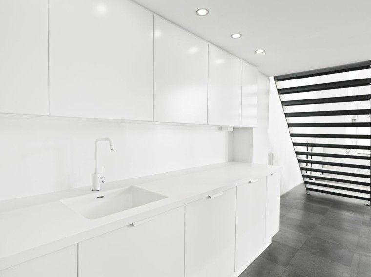cocina moderna todo blanco escaleras Carola Pinterest Cocinas